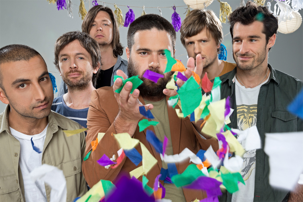 Ein Pressebild von The Cat Empire.